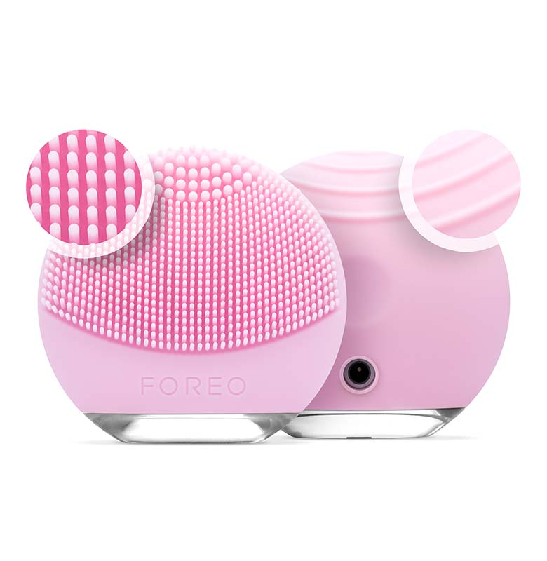 FOREO LUNA go I Electric Face Massager To Go With Anti-Aging